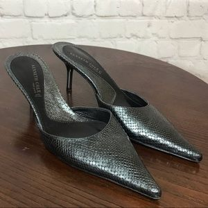 7 KENNETH COLE NEW YORK snakeskin embossed mules